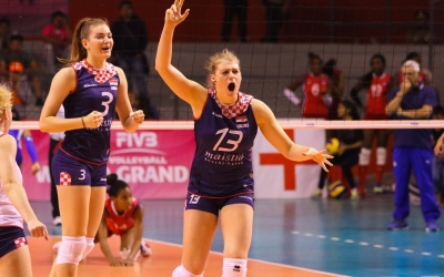 Beach shift for indoor Croatian star